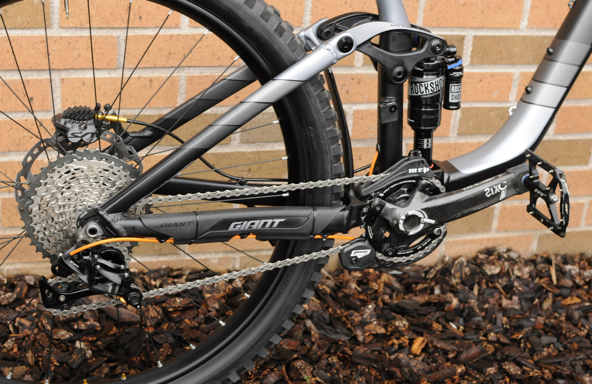 Giant Reign mountain bike dual suspension