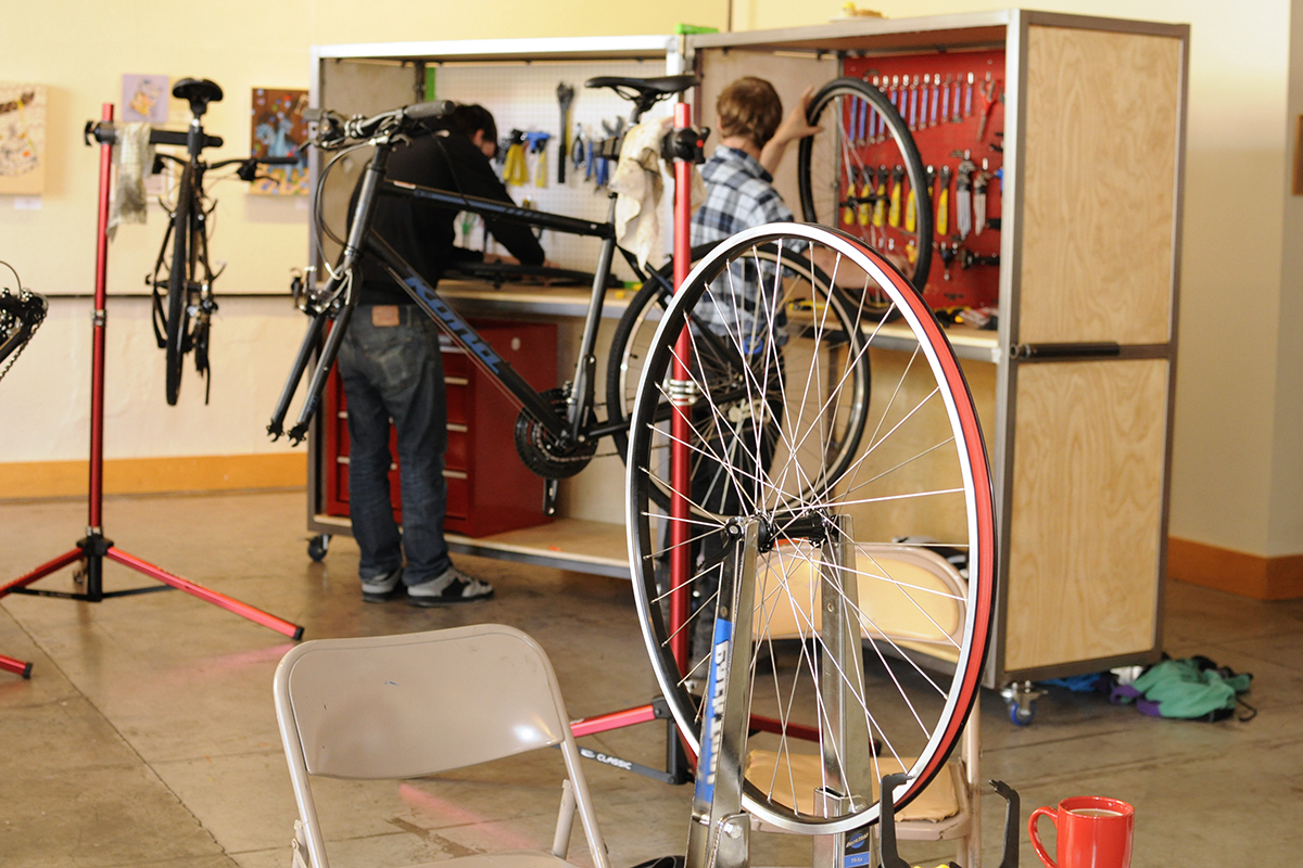 pear portland bike mechanic school